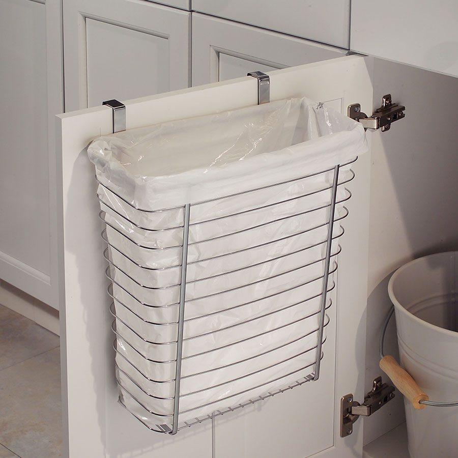 Düzenli mutfaklar için tezgah altı çöp kovası.