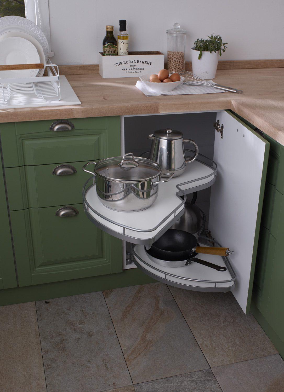 Mutfaktaki dar alanları değerlendirmek için kullanışlı fikirler.