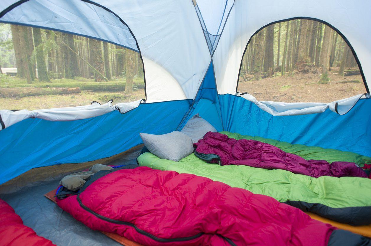 Kamp ve konaklama.