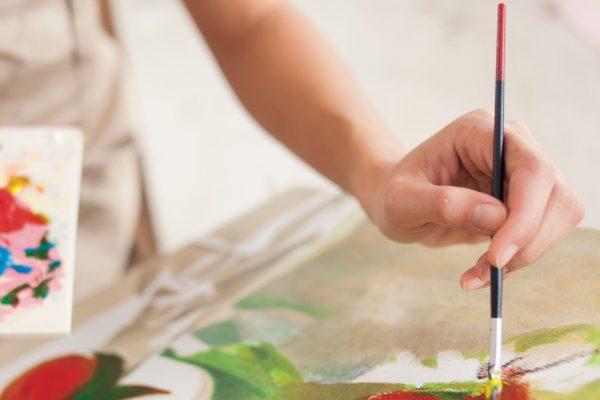 Siz güzel zaman geçirin, eviniz renklensin: Hobi boyaları.