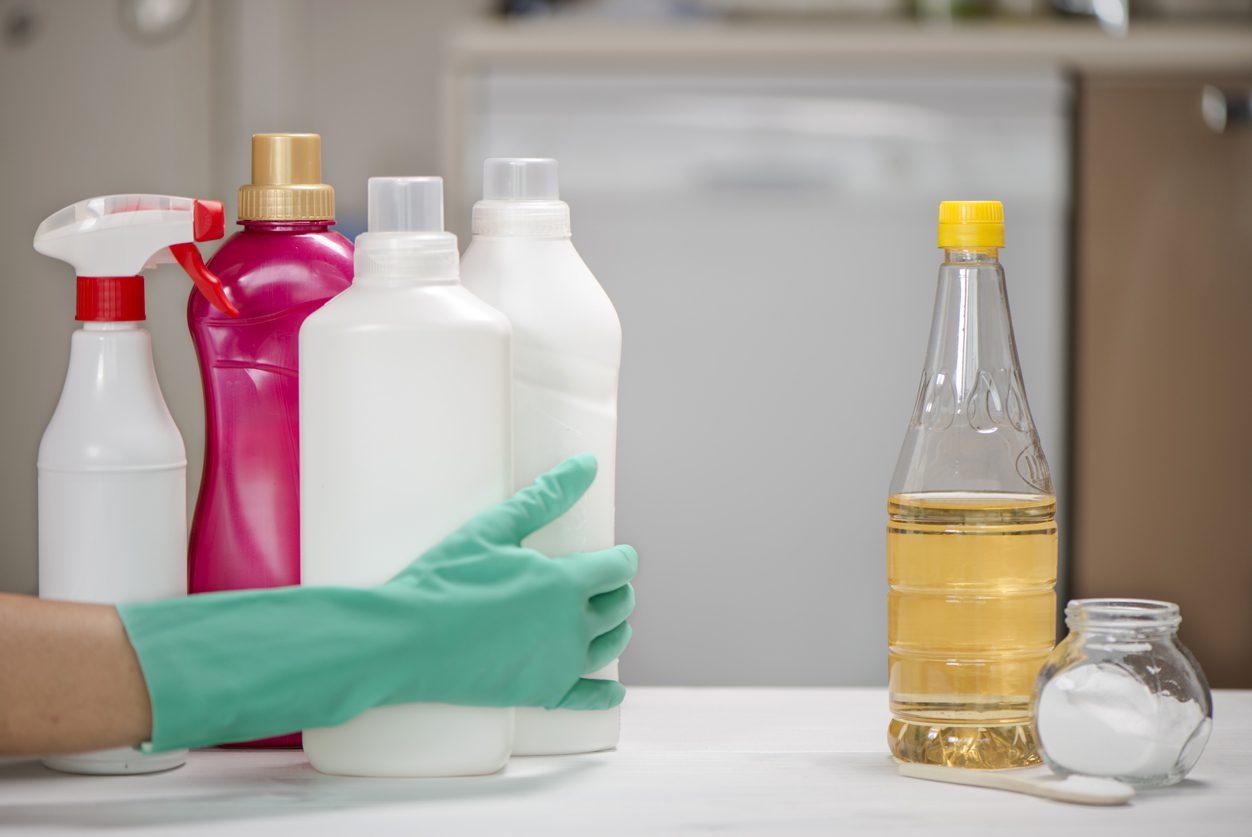 Karbonat ve diğer temizlik malzemeleri