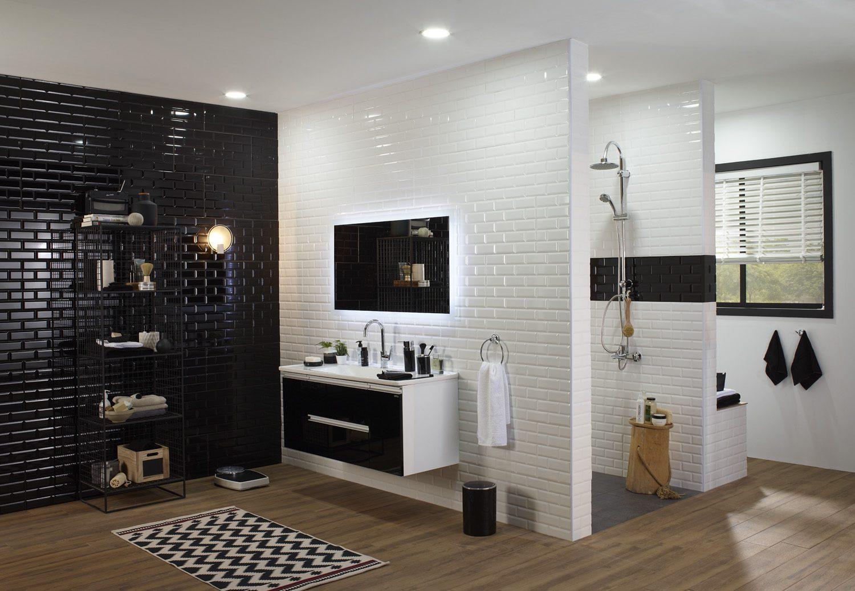Siyah-beyaz banyo dekorasyonu