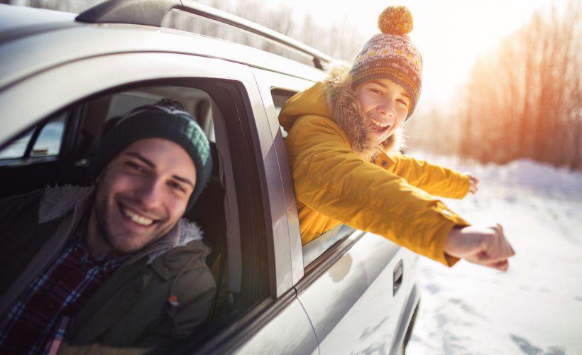 Yarı yıl tatilinde yolculuğa çıkacakların arabasına alması gerekenler.