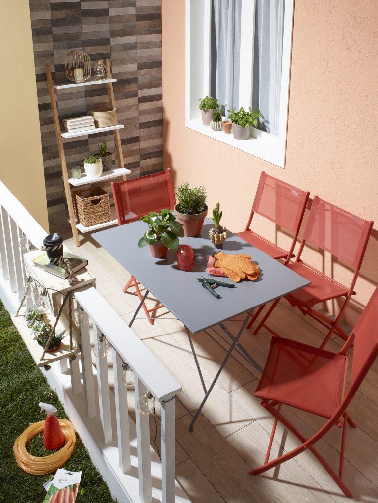 Balkon masası