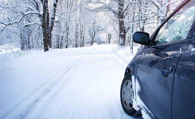 Kışın Araba Kullanmak
