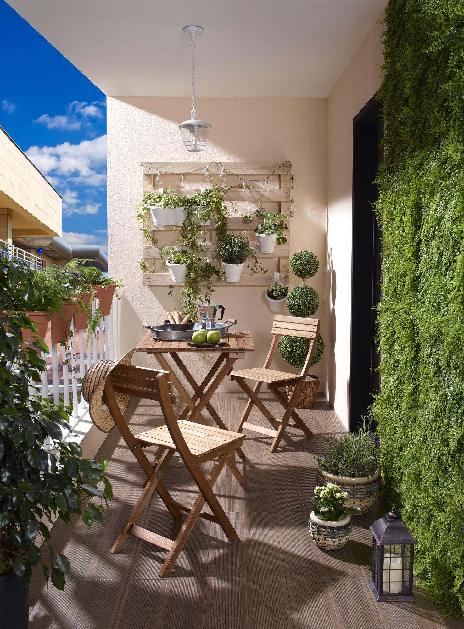 Küçük Balkon Dekorasyonu Örnekleri