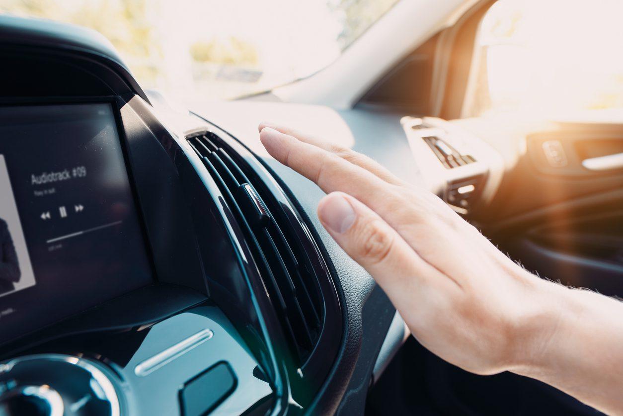 Yazın Güvenli Bir Şekilde Araba Kullanmak