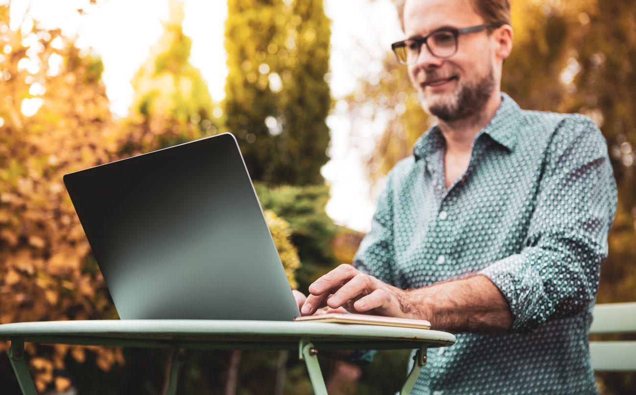 Online Toplantı Arka Plan Dekorasyonu Önerileri