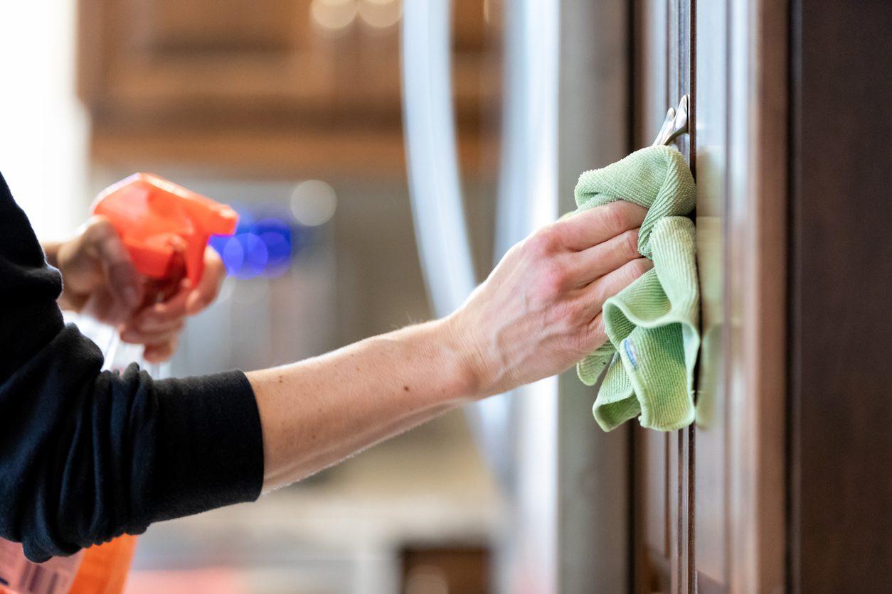 Mutfak Dolabı Temizleme Önerileri